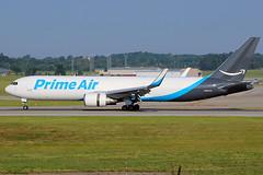 Atlas Air 767-300F at Cincinnati (chrisjake1) Tags: cvg kcvg cincinnati covington n1373a 767 767300 763f b763f 767300f freighter cargo boeing atlas giant primeair