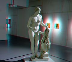 Plaster cast of Aphrodite of Cnidus in Boijmans 3D (wim hoppenbrouwers) Tags: plastercast aphroditeofcnidus boijmans 3d anaglyph stereo redcyan