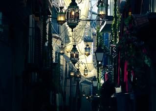 Calle adornada para el Corpus Christi en Toledo.