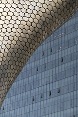 CDMX - Conflicting Patterns (chrisbastian44) Tags: hexagon hexagonal museum architecture building facade tile tiles reflection sunlight pattern patterns soumaya soumayamuseum colorful ciudaddemexico mexicocity mexico exterior public beautiful repeat repetition repeatingpattern