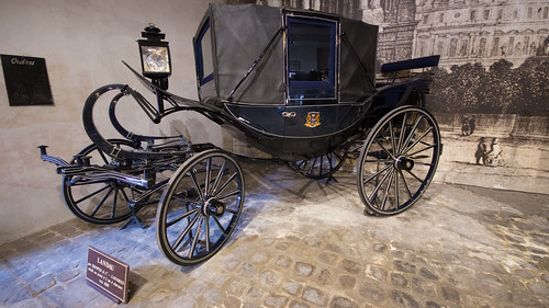 Landau carriage, Maincy, 20180609