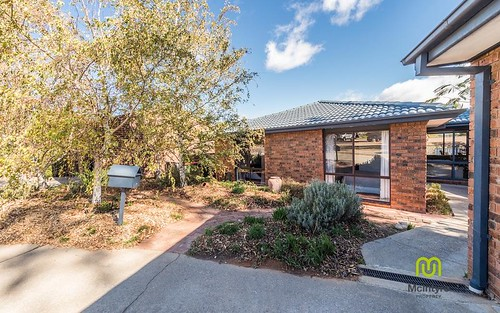 6 Byles Place, Chisholm ACT