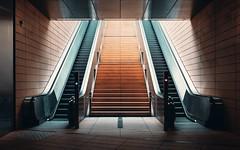 Kontroll (Nils Grudzielski) Tags: train metro ubahn station leipzig