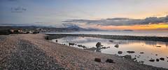 (333/18) Capturando momentos (Pablo Arias) Tags: pabloarias photoshop photomatix capturenxd nubes paisaje agua mar mediterráneo roca gente amanecer playa arena elcampello alicante españa