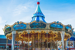 Carousel Pier 39 (https://tinyurl.com/jsebouvi) Tags: 2018 california californie carousel pier39 sanfrancisco usa avrilmai horse photo red sbluesky