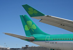 EI-DUZ Airbus A330-302 Aer Lingus (corkspotter / Paul Daly) Tags: eiduz airbus a330302 a333 847 l2j flms 4ca5c7 ein ei aer lingus 2007 fwwkm 20070626 dub eidw dublin