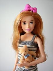 Both with bow (Deejay Bafaroy) Tags: barbie skipper babysitters mattel doll puppe stripes streifen striped gestreift portrait porträt teddy teddybear teddybär girl mädchen child kind 16 scale playscale miniature miniatur