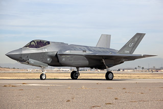 12-5046_F-35ALightningII_USAirForce_LUF