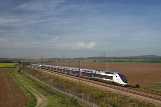 TGV 5065/9855 @ Ver-sur-Launette
