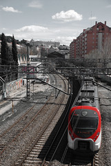 Vías (Oscar Moral) Tags: tren ferrocarril madrid líneas perspectiva