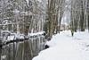 Mantes-la-Ville le joggeur DxOFP  XT2 DSCF1114 (mich53 - thank you for your comments and 5M view) Tags: hiver snow manteslaville paysage îledefrance xt2 xf1655mmf28rlmwr rivière riverside vaucouleurs arbres jogger saisons 4winter seasons trees zoods water