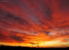 Belo Por do Sol, Umuarama-PR, 16/04 (asaffsaabdesouza) Tags: clouds sunset cloudscapture canon cloudstorm cloudscape countryside entardecer