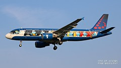 """OO-SND Brussels Airlines Airbus A320-214 """"Belgian Icons - The Smurfs"""" special colours (Nick Air Aviation Photography) Tags: oosndbrusselsairlinesairbusa320214belgianiconsthesmurfsspecialcolours aviationphotography planesspotting landing aereoportodimilanolinate newspeciallivery oosnd thesmurfsspecialcolours aerosmurf"""
