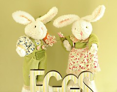 ~Happy Easter Eve~ (nushuz) Tags: stuffedbunnies egg sign eggsign whisical justforfun happyeastereve colorful