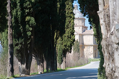 Madonna di San Biagio (martinstelbrink) Tags: zypressenallee zypressen cypresses cypress sanbagio madonnadisanbagio montepulciano toscana tuscany toskana italien italy italia sony alpha7rii a7rii voigtländerheliar75mmf18 voigtländer voigtlander heliar 75mm f18 voigtlanderheliar75mmf18 church kirche