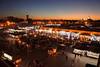 Djemà el-Fna (Marràqueix) (crossa) Tags: puesta de sol puestadesol capvespre sunset marràqueix marrakech marroc maroc cityscape ciutat ciudad plaça place square nikon nikon1j5 medina marruecos anochecer atardecer street streetphoto morocco