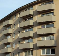 Balkone. (universaldilletant) Tags: frankfurt balkone balkon balcony schatten guesswherefrankfurt