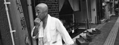 (gaijin_punch) Tags: kodaktrix400 trix 800 ilfotecddx streetphotography monochrome japan fujifilmtx1 xpan tokyo