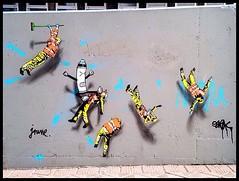 Jaune x Oak Oak @ the Crystal Ship street art festival in Ostend - Belgium #streetart #thcrstlshp #oostende #ostend #ostende #festival #oakoak #oakoakstreetart #stencil #pochoir #jaune_art (_Kriebel_) Tags: instagramapp square squareformat iphoneography uploaded:by=instagram crstlshp crystal ship ostend oostende ostende streetart urban urbain graffiti
