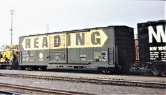 Reading boxcar patched for Delaware and Hudson at San Bernardino in 1978 4661 (Tangled Bank) Tags: train trains railroad railroads old classic heritage vintage north american freight cars rolling stock reading boxcar patched for delaware hudson san bernardino 1978 4661 rdg dh