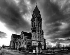 Grossauheim Paulskirche (wernerfunk) Tags: church einfarbig kirche hessen