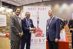 Sweets & Snacks Expo 2018, Chicago/U.S. (We live chocolate!) Tags: barrycallebaut barrycallebautgroup chocolate chicago sweetssnacks tradeshow us usa confectionery bakery pastry icecream dairy beverages biscuits cereals bcstudio craftcreatcollaborate