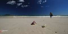 Follow me to the Sea ('Dazza' Quarin...back from the Dead) Tags: hawaii hawaiianislands oahu kailua beach ocean travel