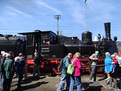 Dampf & Leute (Thomas230660) Tags: dresden eisenbahn dampf dampflok steam steamtrain sony