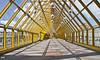 El puente. (svet.llum) Tags: puente arquitectura ciudad moscú perspectiva rusia verano