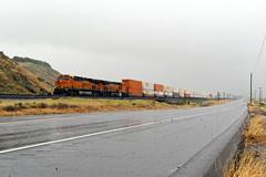 UP 7ZWSNBJ-05 (caltrain927) Tags: union pacific railroad bnsf railway burlington northern santa fe loaded intermodal double stack container train ge es44c4 c4 gevo ac dash 944cw c449w bena california ca