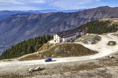 MONTE PIZZOC. (FRANCO600D) Tags: montepizzoc rifugio rifugiocittàdivittorioveneto fregona bl colvisentin veneto italia italy italie italien bellitalia panorama paesaggio landscape prealpi prealpibellunesi canon eos600d