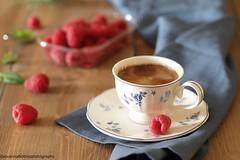 All'avanzar della notte.....1 (Giovanna-la cuoca eclettica) Tags: caffè stilllife frutta fruttidibosco healthy healthyfood food drink