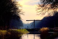 the evening falls in the Twente landscape (herman hengelo) Tags: weerselo zonsondergang kanaalalmelonordhorn thenetherlands canonteleobjectief110400mm bridge brug