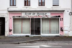 Ecole de Musique (Alexis Cayot) Tags: 5d 70 ef font argentique windows shop vitrine 24 28 eos alexis cayot markii canon