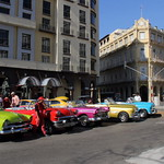 Colorful Classic Cars waiting for tourists thumbnail