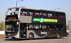 Reading Buses 758 YX64VRU in Slough. (Gobbiner) Tags: yx64vru adl greenline readingbuses e400mmc slough london bracknell enviro 758