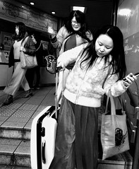 Anxiety Kills (cresting_wave) Tags: iphoneography mobileography iphonephotography mobilephotography streetphotography blackwhite monochrome iphonex procamera snapseed women rushhour luggage subwaystation hurry anxiety rushing