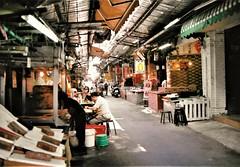 Tapiei (MEG/TYO) Tags: taiwan taipei street city olympus om1 film manual analogue color fujicolor
