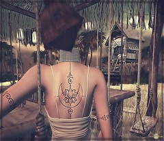 ☆╮Mystic Lotus╰☆╮ (яσχααηє♛MISS V♛ FRANCE 2018) Tags: ktarsis ebento avatar avatars artistic art appliers tattoos roxaanefyanucci poses photographer posemaker photography lesclairsdelunedesecondlife lesclairsdelunederoxaane versus