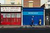 Bristol #21# (Julien.Rapallini) Tags: bristol england uk april avril royaumeuni angleterre brexit spring printemps femme woman blue bleu red rouge walking marche 60s wainting attendre trottoir urban urbain