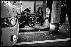 Kabukichō, Shinjuku-ku, Tōkyō-to (GioMagPhotographer) Tags: tōkyōto peoplegroup kabukichō shinjukuku night streetscene afterdark japanproject japan leicam9 kabukich tokyo tkyto