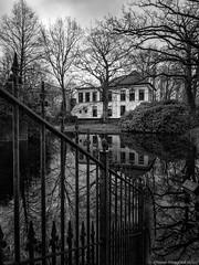 Slochteren (iPhone Fotograaf) Tags: blackandwhite water iphone8plus groningen dutch reflection zu