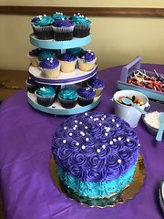 c2018 March 31, Ava Grace 3rd Birthday Party Iphoneography 10 (King Kong 911) Tags: ava grace birthday party cake people purple blue candy