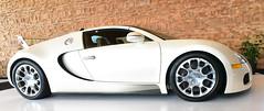 2012 Bugatti Veyron 16.4 Roadster (D70) Tags: nikon d750 20mm f28 ƒ90 200mm 1320 12800 2012 bugatti veyron 164 roadster 1001hp 2250 km 2550000 vancouver international auto show 2018 convention centre british columbia canada