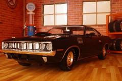1971 Plymouth Hemi Cuda diecast 1:24 made by M2 Machines (rigavimon) Tags: diecast miniaturas 124 1971 plymouth hemi cuda m2 autosaescala mopar