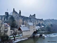 Angles-sur-l'Anglin (JeanLemieux91) Tags: hiver winter invierno février february febrero poitoucharentes france europe vienne château castillo castle medieval neige nieve snow rio rivière river moulin