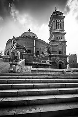 Church of St. George, Cairo, Egypt (pas le matin) Tags: sky ciel people architecture church église copte copt orthodox travel voyage cairo lecaire aftique afrique africa égypte egypt building orthodoxe escalier stairs world canon 7d canon7d canoneos7d eos7d clouds nuages nb bw noiretblanc blackandwhite monochrome