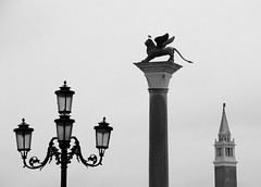 Venice Symb* (pjarc) Tags: europa europe italia italy veneto venetian venice venezia simboli symbol forme forms architectures san marco foto photo digital nikon dx d200 bw black white bianco nero skyline winter inverno 2018