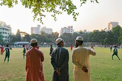Nice light and some afternoon football. I am in Dhaka all work on assignment. #dhaka #bangladesh #onassignment #asiaphotographer #sony #sonyartisan #sonyartisanofimagery #a7riii #a7r3 #moncole #monoclemagazine #monoclephotographer #natgeocreative #natgeo (vietnam-photographer-videographer) Tags: vietnam photographer ho chi minh city hanoi thailand cambodia laos corporate industrial portrait travel editorial