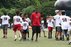 "2018-tdddf-football-camp (183) • <a style=""font-size:0.8em;"" href=""http://www.flickr.com/photos/158886553@N02/42373529862/"" target=""_blank"">View on Flickr</a>"